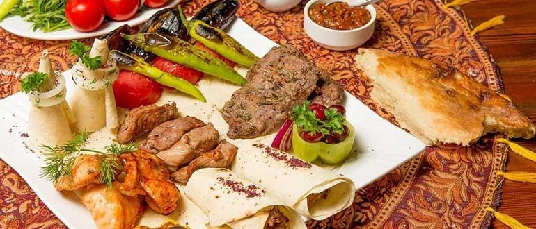 غذا در باکو