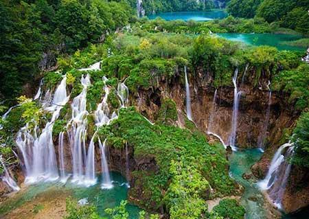 آبشارهای تلاگا توجو لنکاوی