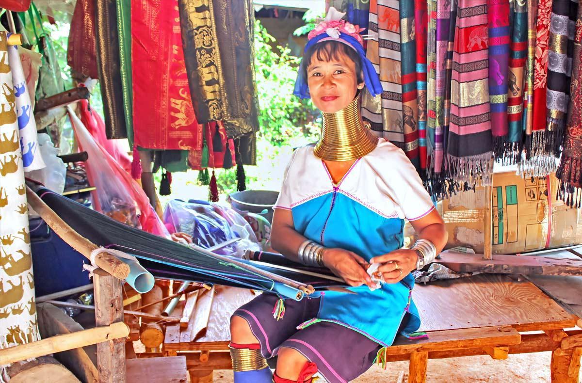 زنان گردن دراز بانکوک