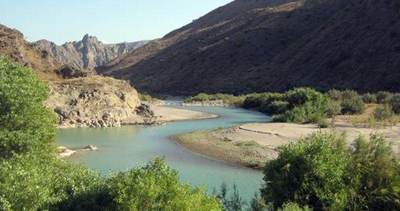 رود خانه قزل اوزن زنجان