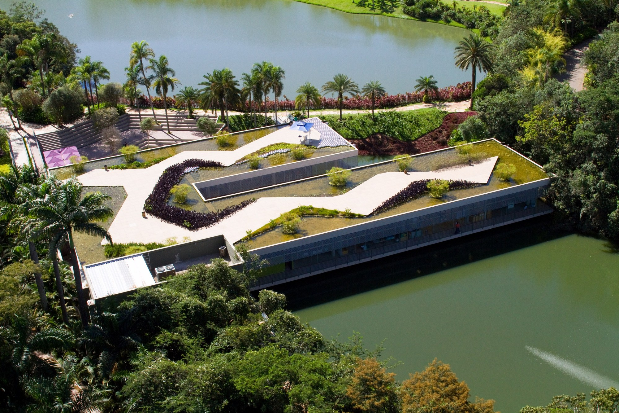 موزه ی inhotim برزیل