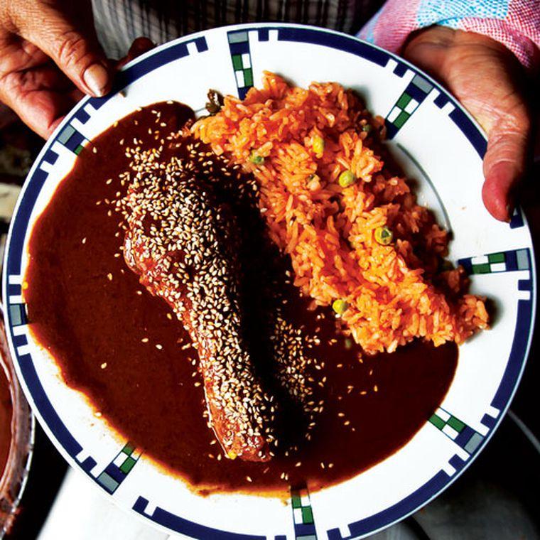 سس موله مکزیکی mole sauce