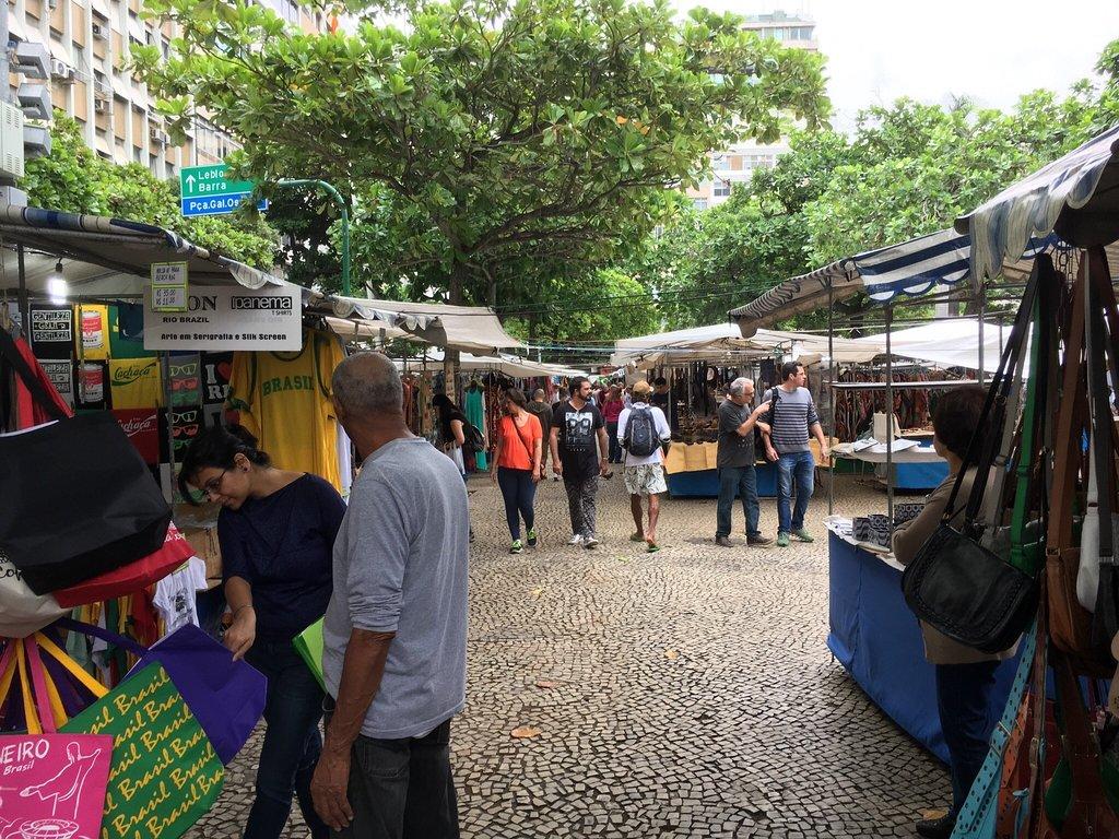 Feira Hippie de Ipanema بازار برزیل