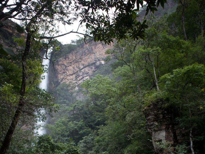 آبشار ایتیکوئیرا در برازیلیا