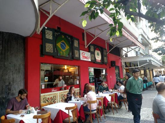رستوران حلال در برزیل
