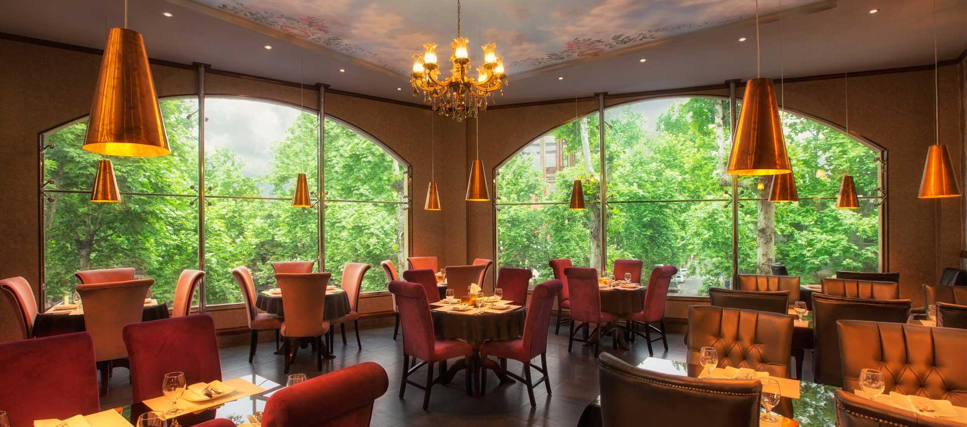 رستوران قصر