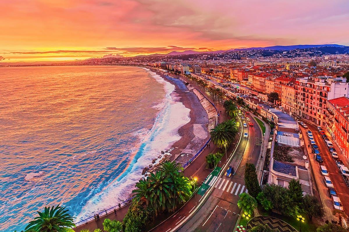 شهر نیس فرانسه 2021-بوکینگ