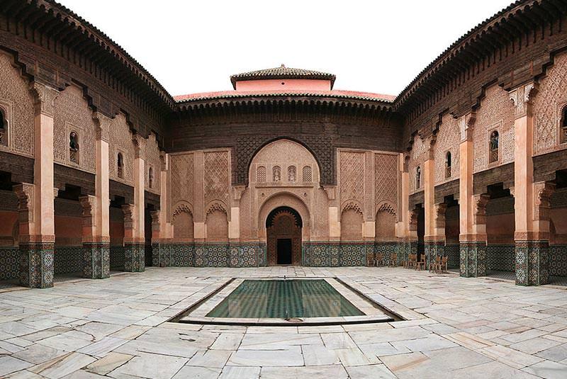 مدرسه بن یوسف مراکش از جاذبه های دیدنی و جذاب-بوکینگ